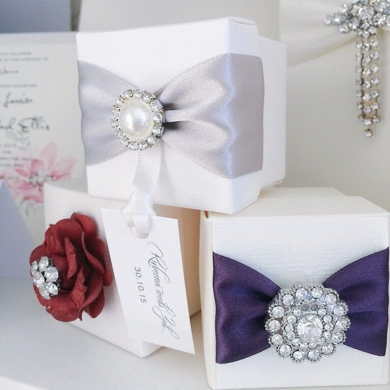 Luxury wedding favour boxes