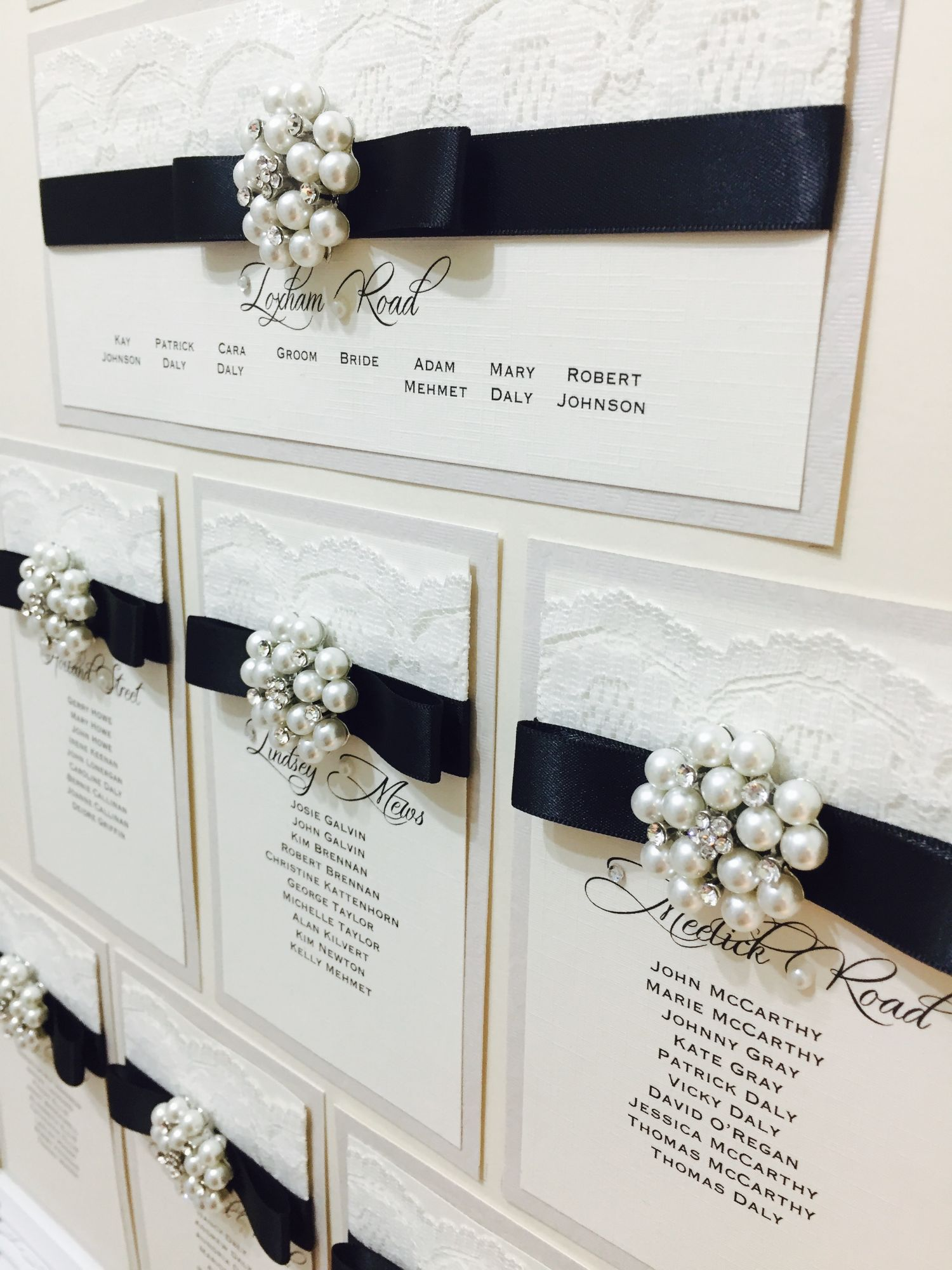 luxury wedding seating plan with frame vintage style