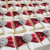 Wedding Favour Boxes with Vintage Crystal Brooch Pack of Ten