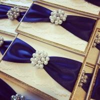 Luxury Vintage Glitter Wedding Invitation Sample with Brooch