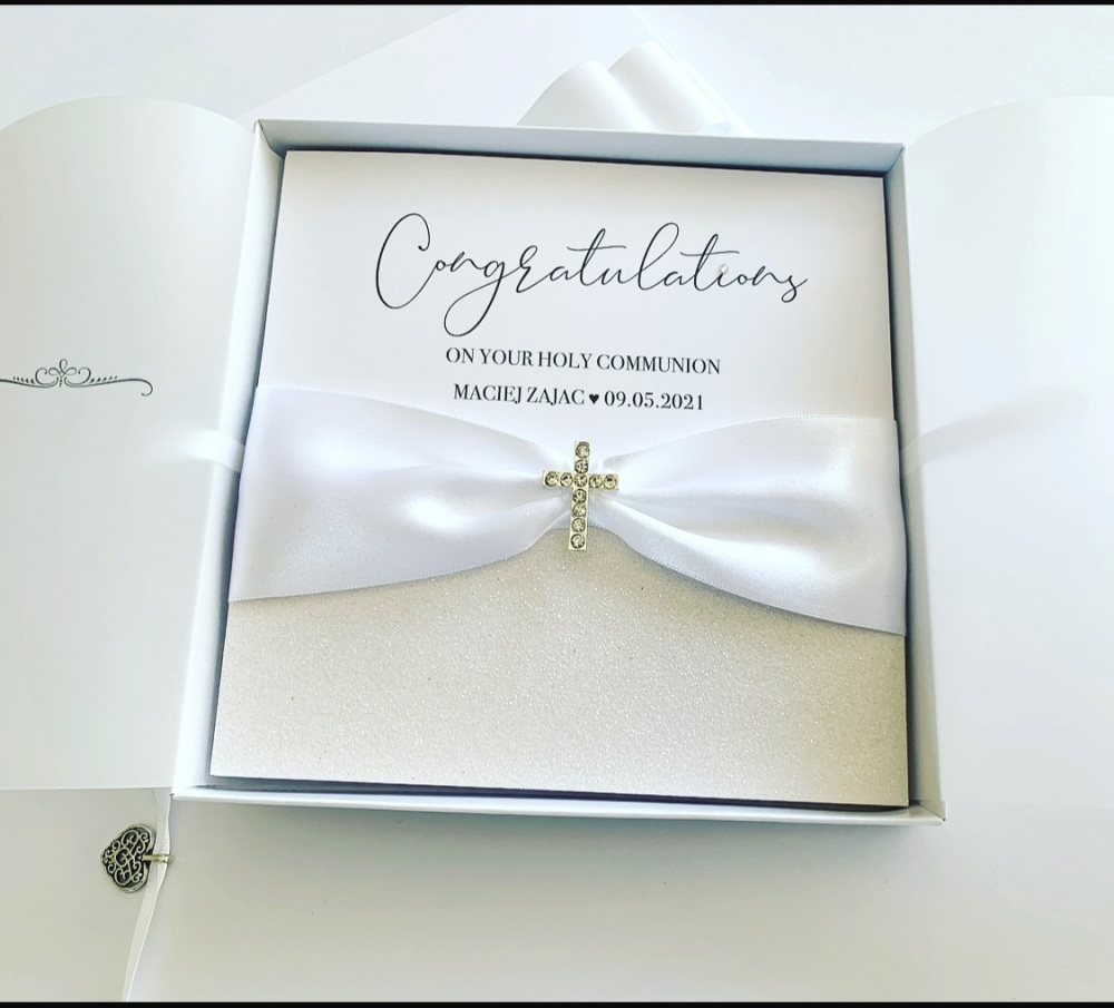 First Holy Communion Luxury Card with White Gift Box