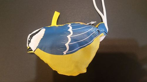 Reusable bird shopping bag