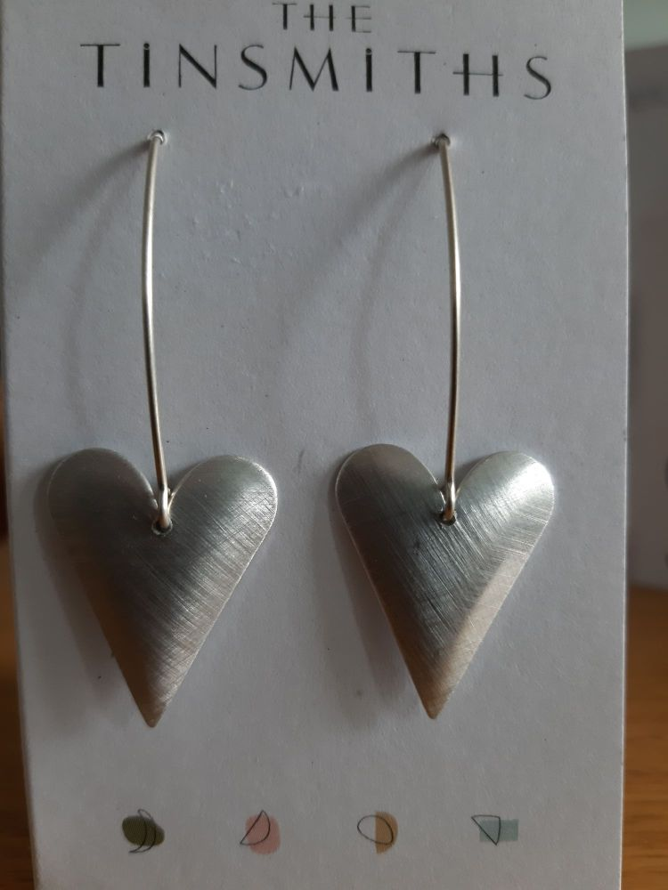 Recycled aluminium med heart earrings