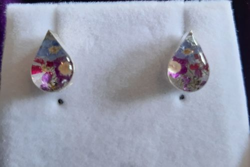 Forget me not and violet teardrop stud earring