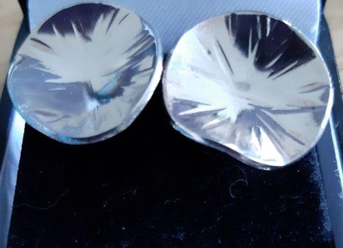Cross pein stud earrings