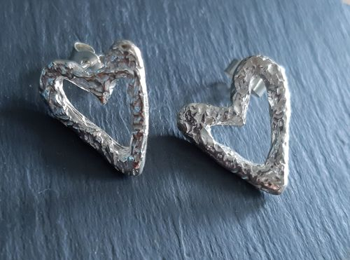 Open heart stud silver earrings