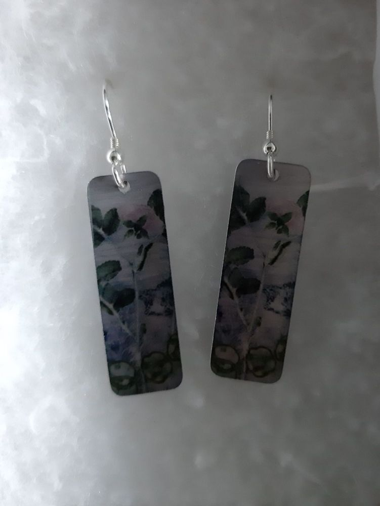Aluminium pink rosee rectangle earrings with botanical design