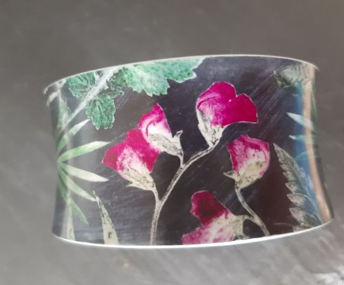 Aluminium cuff bracelet with Sweet pea botanical design