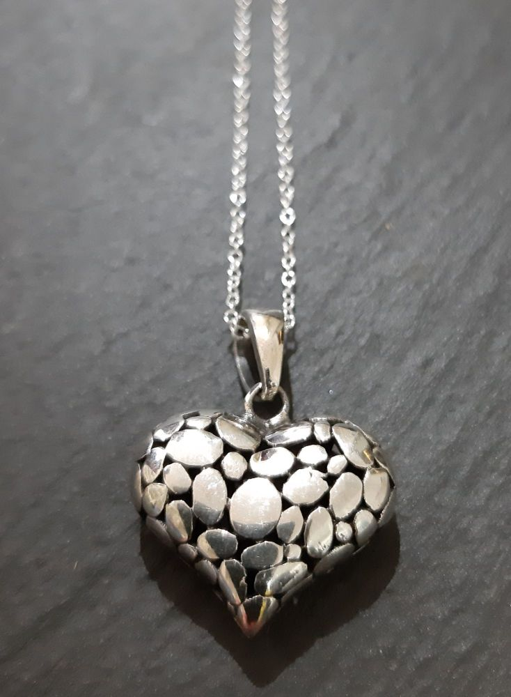 Silver pebble heart pendant