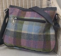 Rosy Bag in  Forest Flower tweed