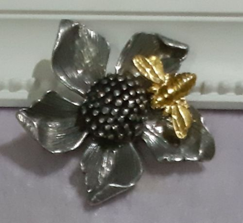 Flower and Bee pewter Brooch