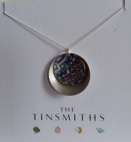 Double  disc necklace in blue and gold