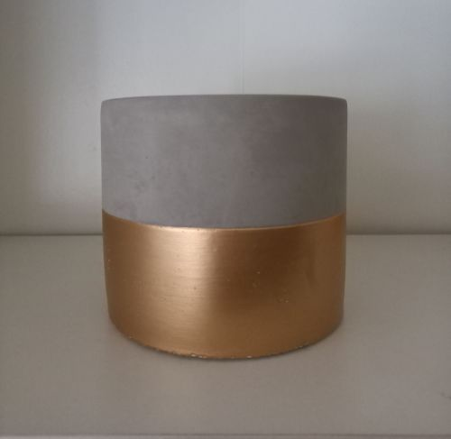 Contemporary cement pot with gold coloured band