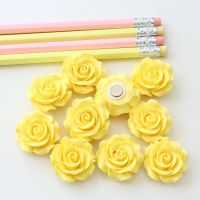 Ornate rose - Lemon