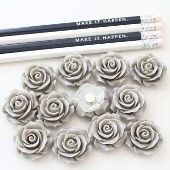 Ornate rose - Dove grey