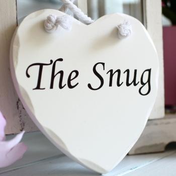 Wooden heart - The Snug