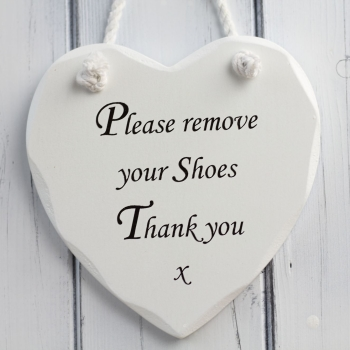 Wooden heart - Please remove your shoes