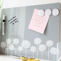 Dry erase magnetic notice board - Daisy border (D16)