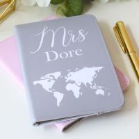 <!-- 100 -->Passport holder - World map