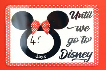 Disney - Countdown metal plaque