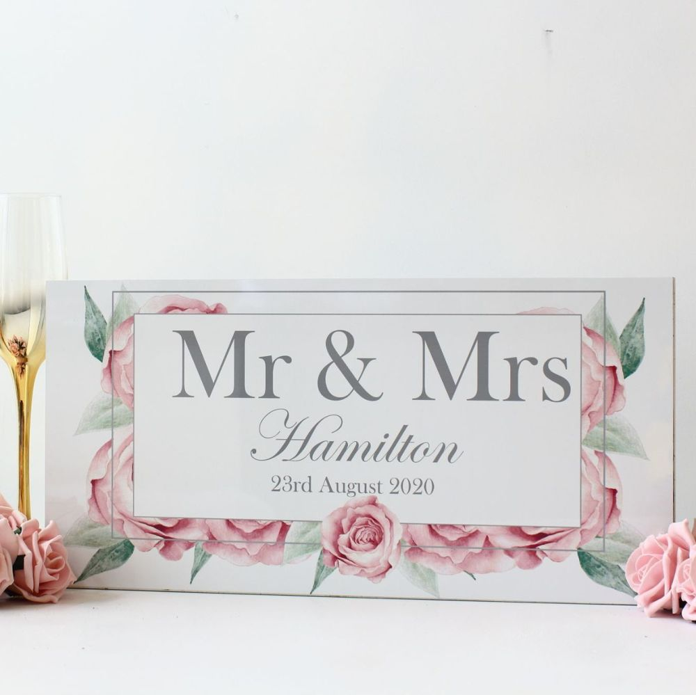 <!-- 174-->Rose Collection - Mr & Mrs Top Table Sign