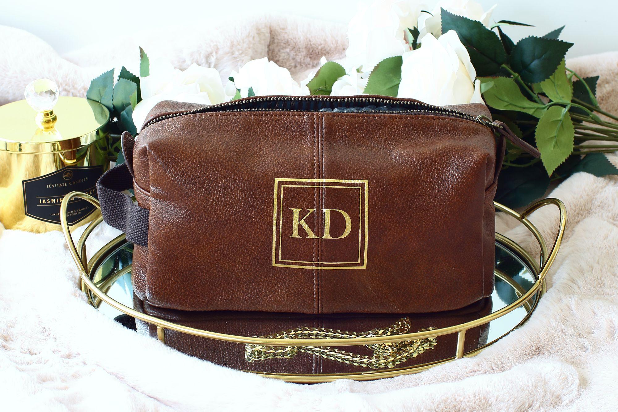 Mens leather wash bag