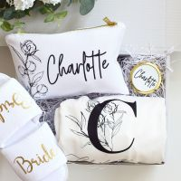 <!-- 072--> Bridal gift set (a choice of 8 designs)
