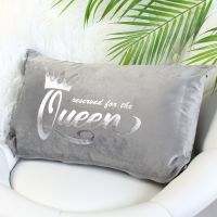 <!-- 083 --> Velvet cushion - Queen