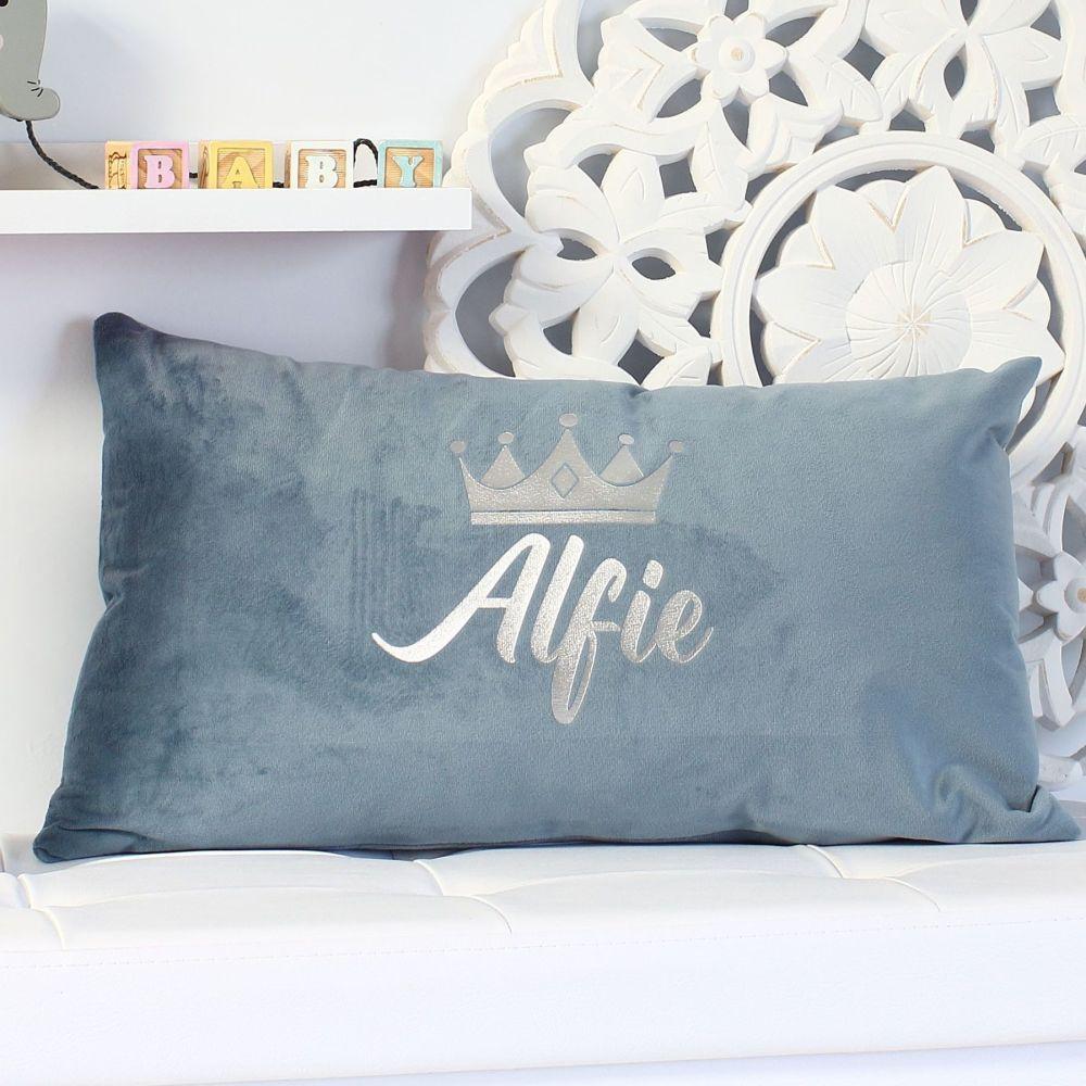 <!-- 083 --> Velvet cushion - Name-crown
