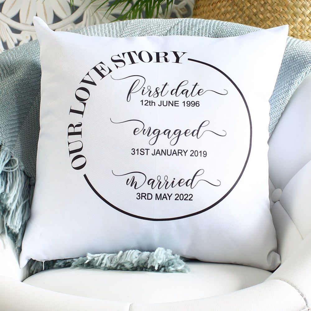 <!-- 081 --> Cushion - Love Story