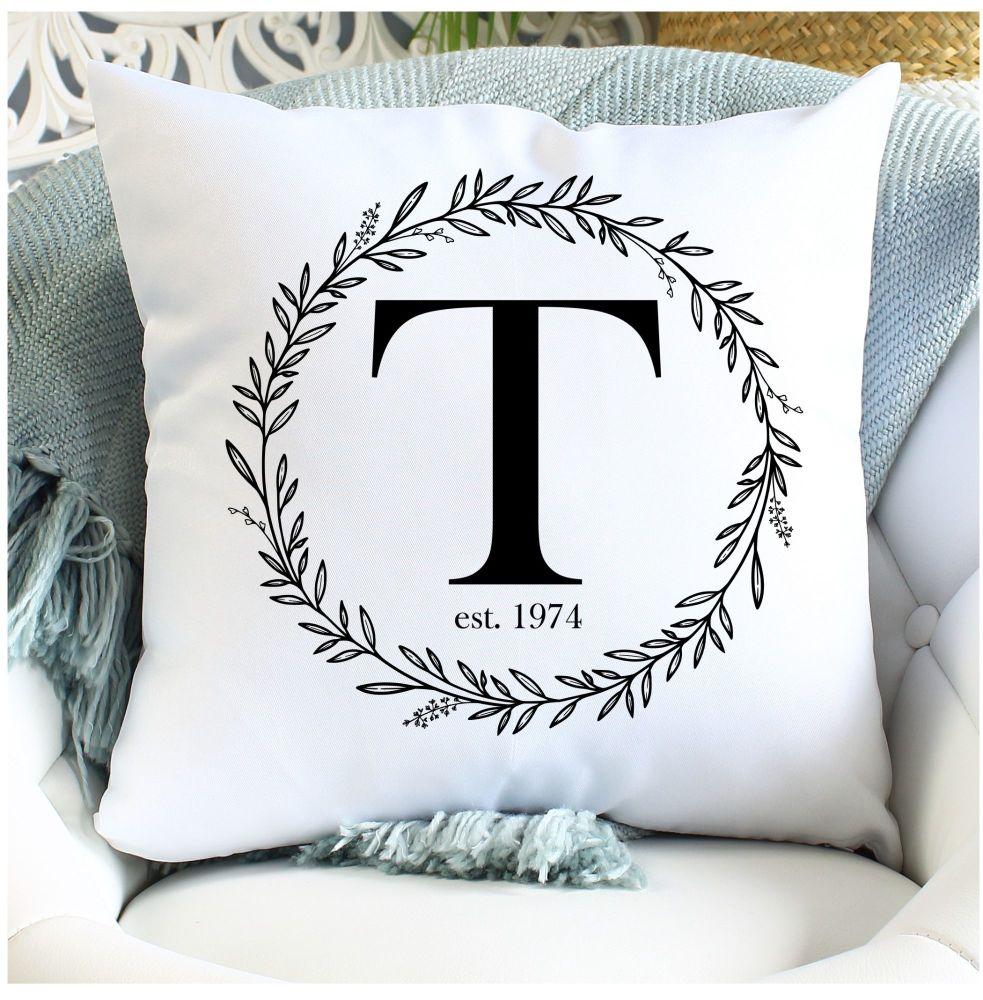 <!-- 081 --> Cushion - Monogram