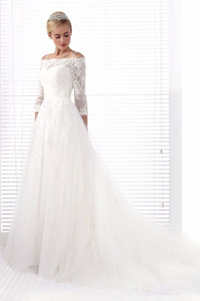New D'Zage Ivory Chiffon A-Line Wedding Gown