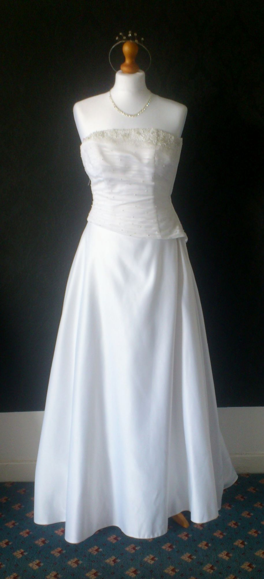 Forever Yours White A-Line Gown Size8/10