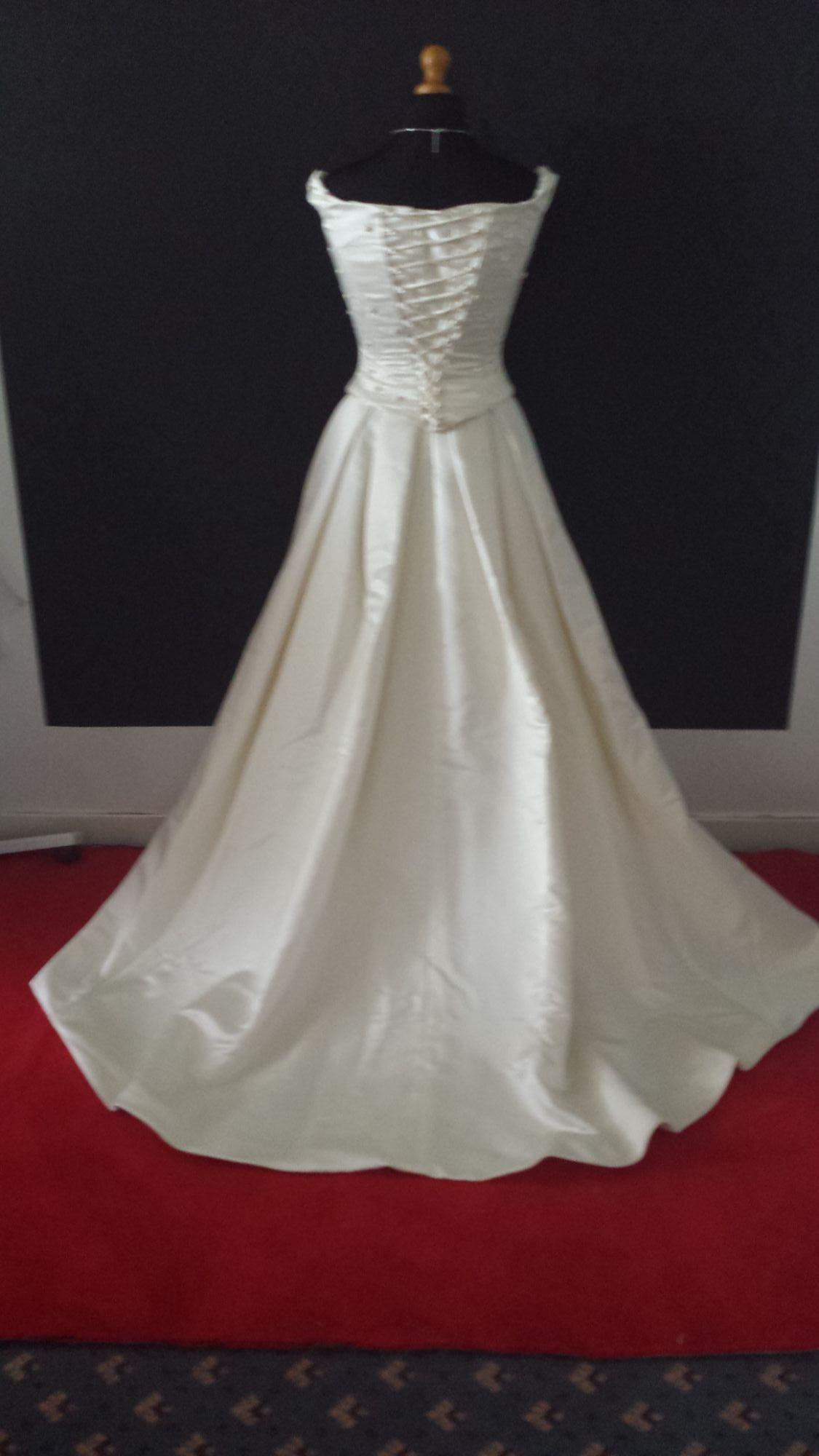 Bridal Sale - Pre-Loved WD (25).jpg
