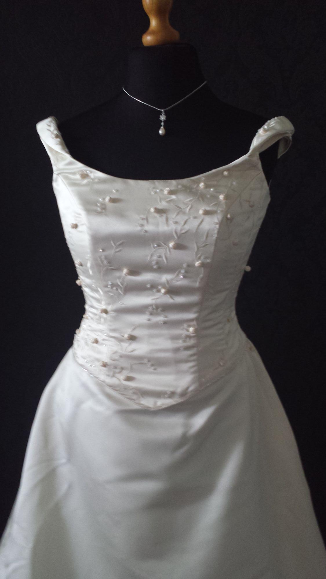 Bridal Sale - Pre-Loved WD (20).jpg