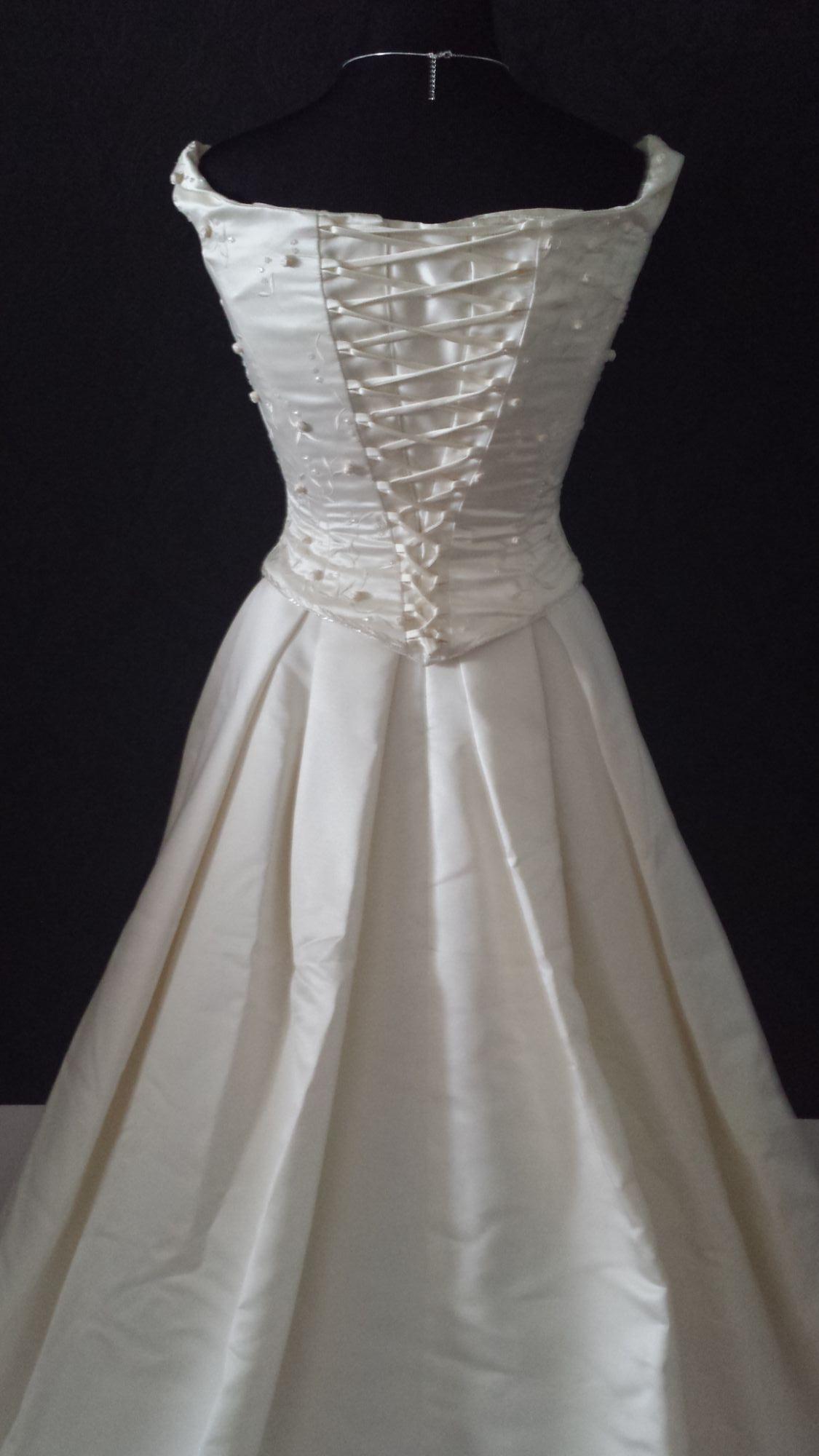 Bridal Sale - Pre-Loved WD (27).jpg