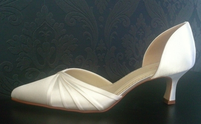 Rainbow Club Ivory Shoe with Kitten Heel & Satin Pleat Detail - Size 6