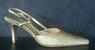 Pressen Gorgeous Olive Silk Mid Heel Shoe - Size 7
