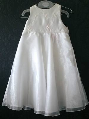 Gorgeous Ivory Flowergirl Dress - Age 18-24 months