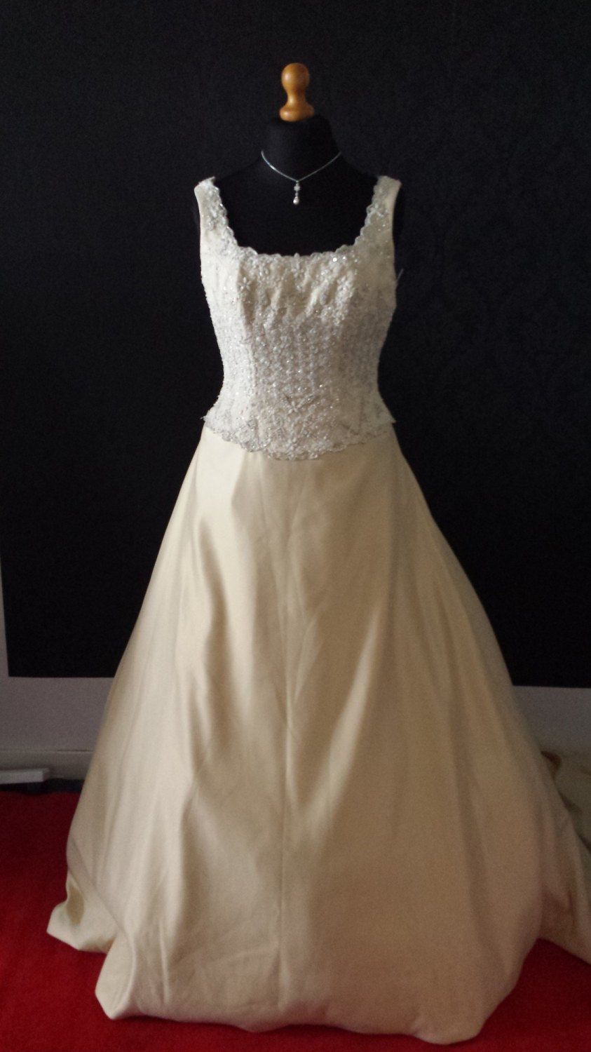 NEW MoriLee Gold Wedding Gown with Train - Size 16