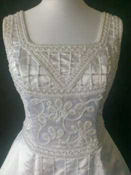 White Vintage Wedding Dress with Beading - Size 14