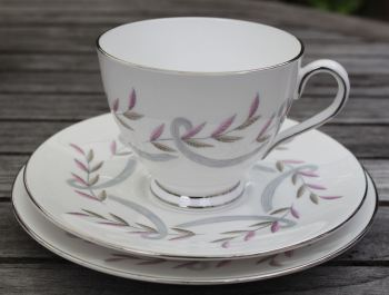 Plant Tuscan, Silver and Pink, Tea for One Set