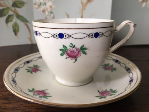 Royal Grafton Fresh Cut Roses Teacup Candle