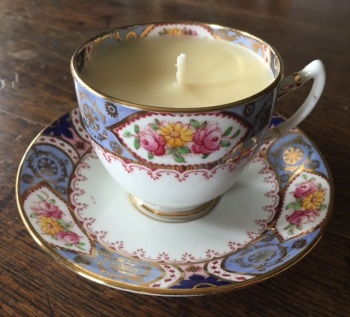 "Salisbury ""Stratton"", Winter Spice Teacup Candle"
