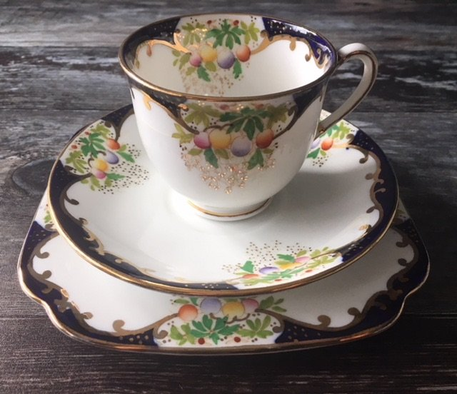 Shore & Coggins, Bell bone china, Tea for One Set