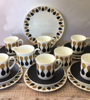 "Susie Cooper ""Diablo"" Complete Tea Set for Six"