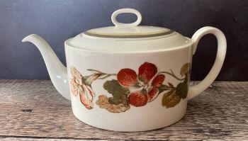 """Susie Cooper """"Nasturtium"""" Teapot"""