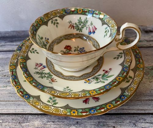 Aynsley Bone China Tea for One Set