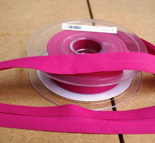 Bias Binding 25mm - Bright Pink 768 - Polycotton - Metre