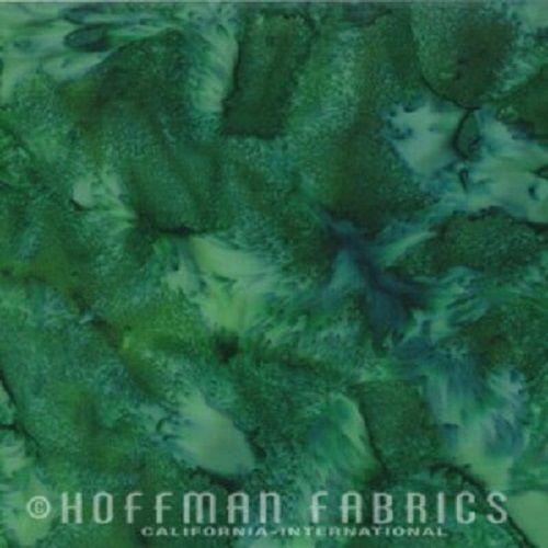 Hoffman Batik Fabric - Watercolour 1895 - Aventurine Green - 100% Cotton
